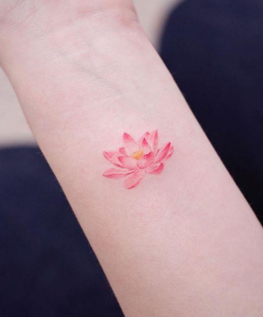 40 mini tatuagens femininas super fofas | Tatuagens femininas delicadas, Tatuagens, Tatuagem