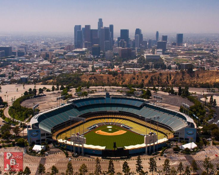For sale are two (2) tickets side-by-side, to Los Angeles Dodgers vs. Arizona Diamondbacks at Dodger Stadium on Friday, July 29th at 7:10pm. These tic... #cheap #aisle #seats #tickets #diamondbacks #dodgers #arizona #angeles
