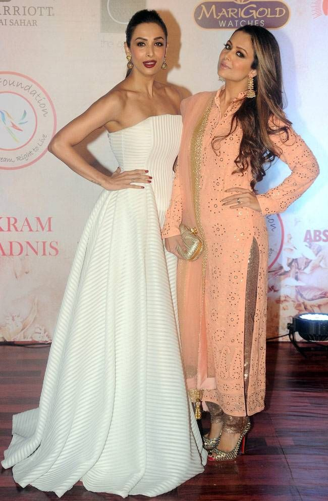 Malaika Arora Khan and Amrita Arora at Vikram Phadnis's fashion show. #Bollywood #Fashion #Style #Beauty #Hot #Sexy #Desi #WAGS