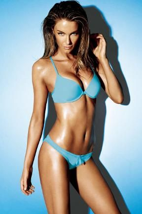 Sexy fitness inspiration: Jennifer Hawkins for Lovable (@lovelovable) & @JenHawkins_ #fitness #lingerie #icecream