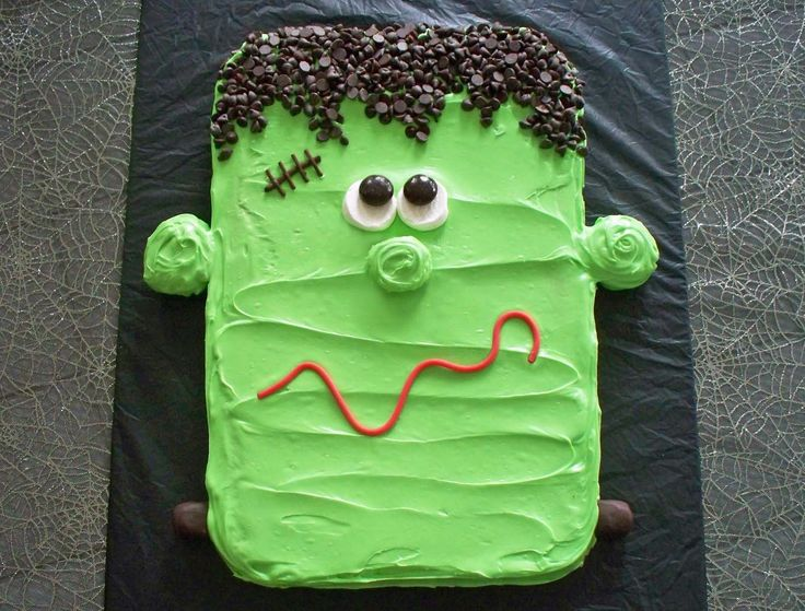 Cute and potentially easy Frankenstein's monster cake.   Hungry Happenings: Hungry Halloween