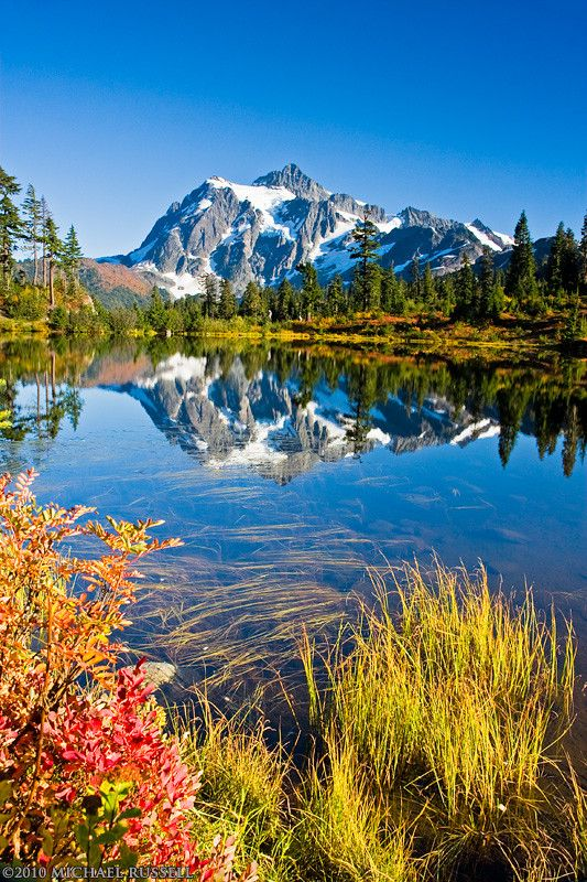 Mount Shuksan at Picture Lake in the Mount Baker-Snoqualmie National Forest, Washington State, USA - © Michael Russell mrussellphotography.com