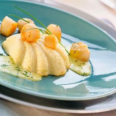 Moelleux de pétoncles à la fondue de poireaux
