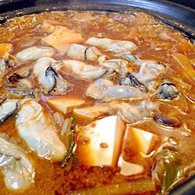 牡蠣の土手鍋ヽ(≧▽≦)ノ - 4件のもぐもぐ - 牡蠣の土手鍋 by china1
