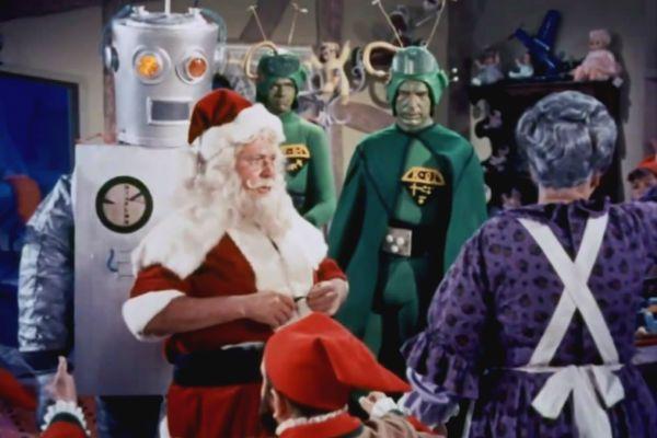Anticomunismo e Natal em um roteiro bipolar: impossível ficar indiferente.
