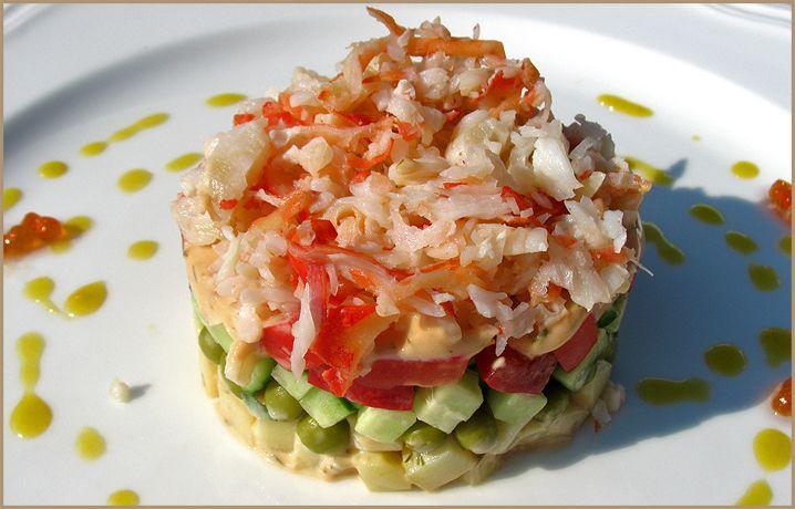 Салат из крабового мяса с консервированной кукурузой