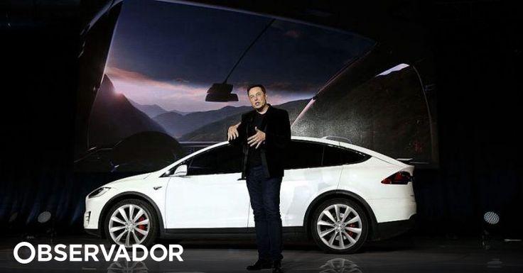 Elon Musk pode ter mudado a maneira como se encaram os carros eléctricos, a forma como se produz e armazena energia e, até, a exploração espacial. Mas nem mesmo a Tesla escapa ao ataque de 'hackers'. http://observador.pt/2018/02/25/sistema-da-tesla-foi-invadido-por-piratas-informaticos/