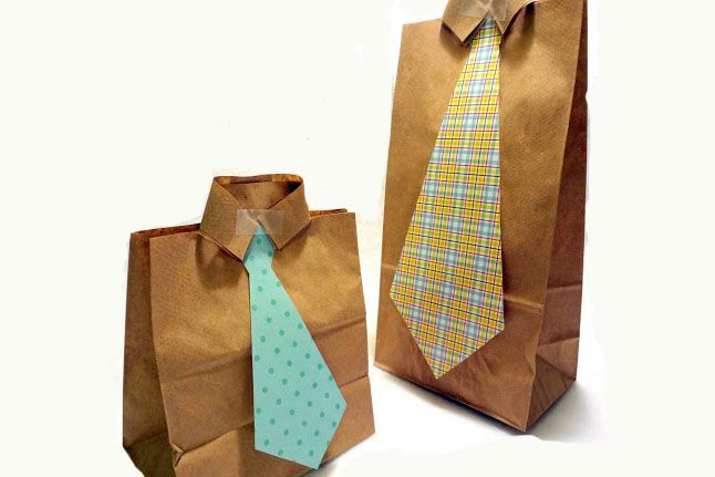 Easy DIY tutorial: gift or goodie bags made from brown paper sacks and scrapbooking paper. Great for Father's Day gifts! #dad #gift #craft #kids