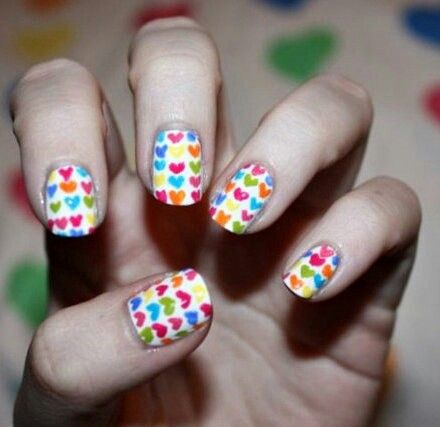 Nails of little hearts