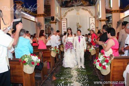 Decoración de iglesia ideal para tu boda en playa por Bodas Huatulco