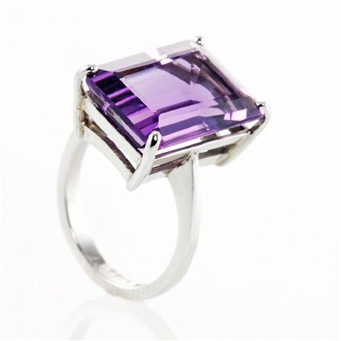 A Statement Deep Purple Octagon-Cut #Amethyst Ring