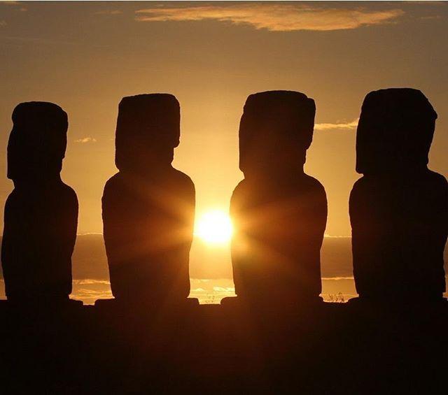 Nuevo artículo en el blog: Secretos de la Isla de Pascua en #Chile  Link In Bio: http://ift.tt/2F2oQfp  La Isla de Pascua al ser uno de los destinos turísticos más importantes de Chile con una gran de lugares arqueológicos de gran importancia en el mundo. #isladepascua #viajar #viajes #viajeros #retrip_global #retrip_news #retrip_chile #photogenic #easterisland #backpacker #photography #roundtheworld #igglobalclub #theimaged #ozshotmag #epic_captures #worldprime #hubs_united…