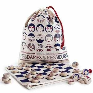 35 best board games images on pinterest jogos de tabuleiro travel draughts this charming french draughts set has instead of boring white and black counters a different face on it counter fandeluxe Images