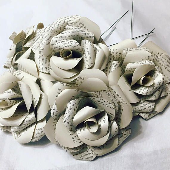 Game of Thrones book page paper roses, bunch of 5 roses, recycled book roses, literature roses, wedding flowers, new home gift