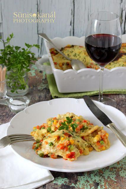 Sünis kanál: Zöldséges rakott csirkemell sajtmártásban sütve