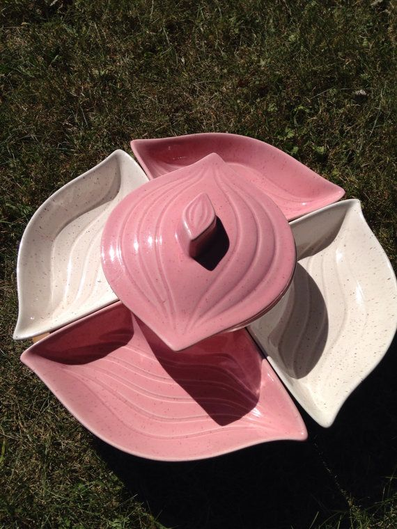 vintage lazy susan made in the mid century by california pottery speckled white and pink colors
