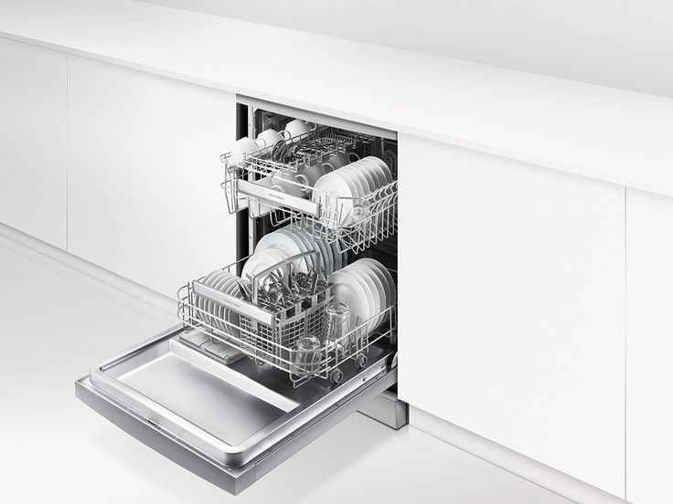 Fisher & Paykel Dishwasher (DW60CHX1). This stainless steel dishwasher, with digital display, 14 place settings and 6 wash programmes.
