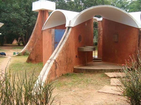 אורוויל, הודו - בקיבוץ שיתופי אקולוגי