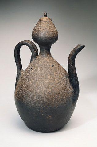Korea; Koryo period (918-1392), 11th - 12th century .