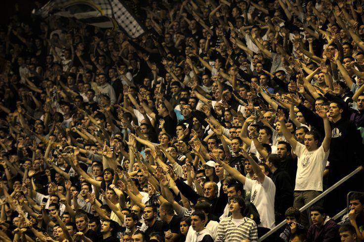 Partizan_fans_Pionir