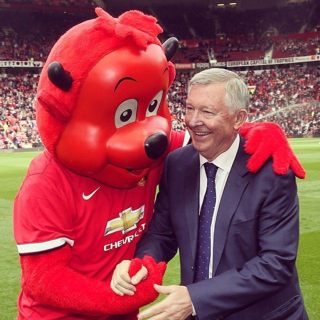 Sir Alex Ferguson & Fred the Red, Manchester United (2014)