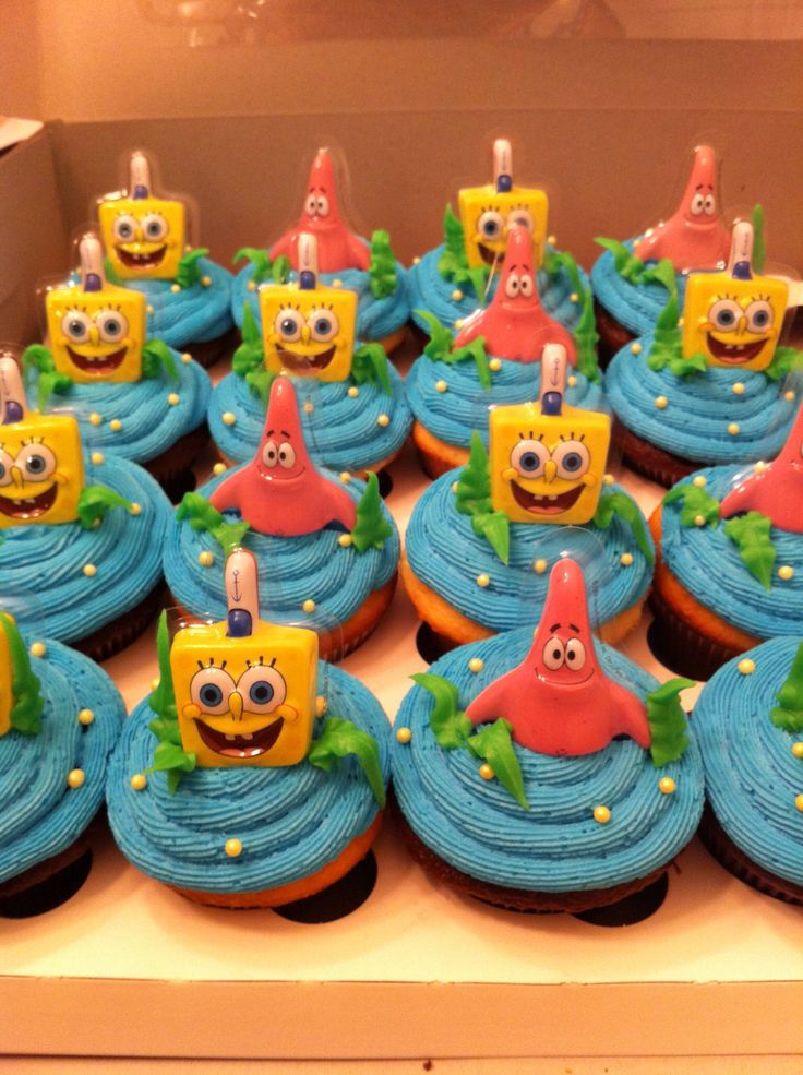 Sponge Bob Square Pants Birthday Cupcakes.  Cupcakes by: Bella Baby Cakes