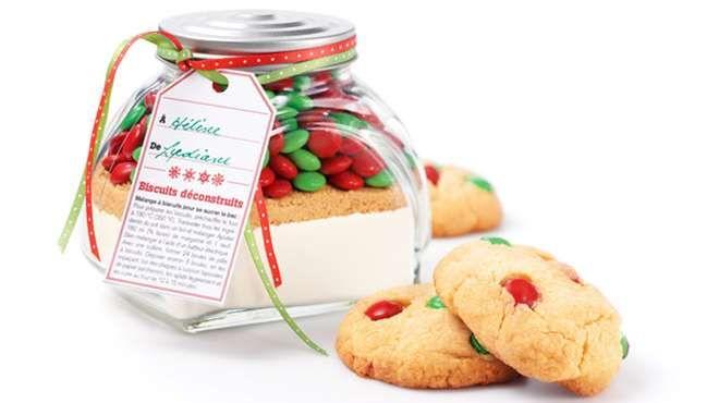 Noël c'est une fête de partage. On offre une jarre de biscuits déconstruits!