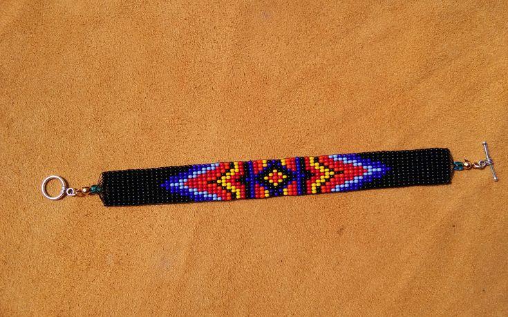 Oog van God-ontwerp. Kralen armband weefgetouw.