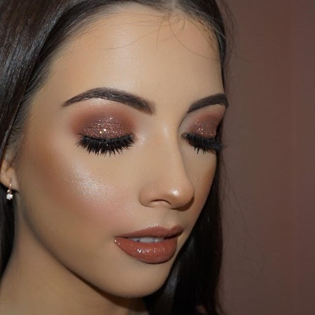 Makeup on @sophieduncan98💖 👸🏻 Products used  @litcosmetics glitter in fully nude  @eldorafalseeyelashes in h160 @narsissist all day luminous foundation  @makeupgeekcosmetics shadows in cocoa bear, peach smoothie and Americano  @anastasiabeverlyhills sun dipped highlighter pallete using moonstone  @anastasiabeverlyhills brow powder in soft brown  @lauramercier translucent powder to set  #caitlinduffmakeup #instagram #igmakeup #makeupartist #vegas_nay #hudabeauty #wakeupandmakeup…