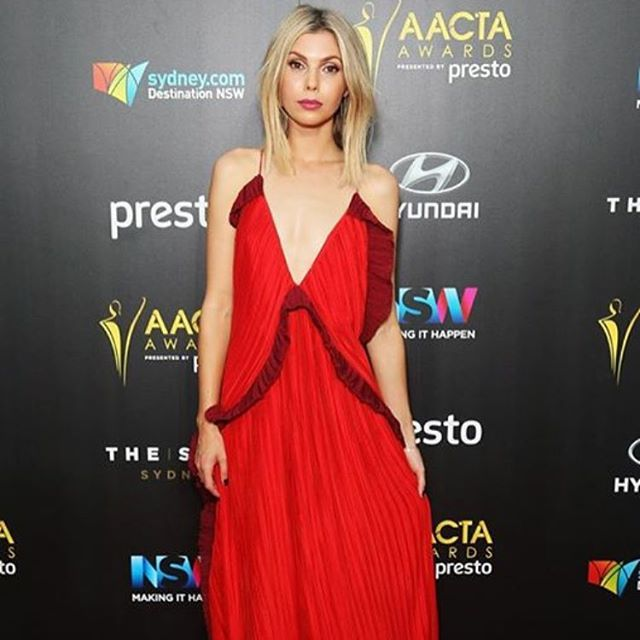 Also looked after another gorgeous woman for the #acctas @abbyearl1 you are incredible!  #hair #makeup #redcarpet #awards #hairandmakeupbymia