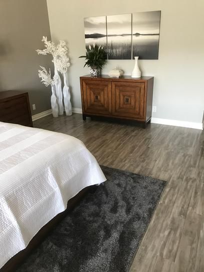 Pergo Outlast Seabrook Walnut 10 Mm Thick X 5 1 4 In