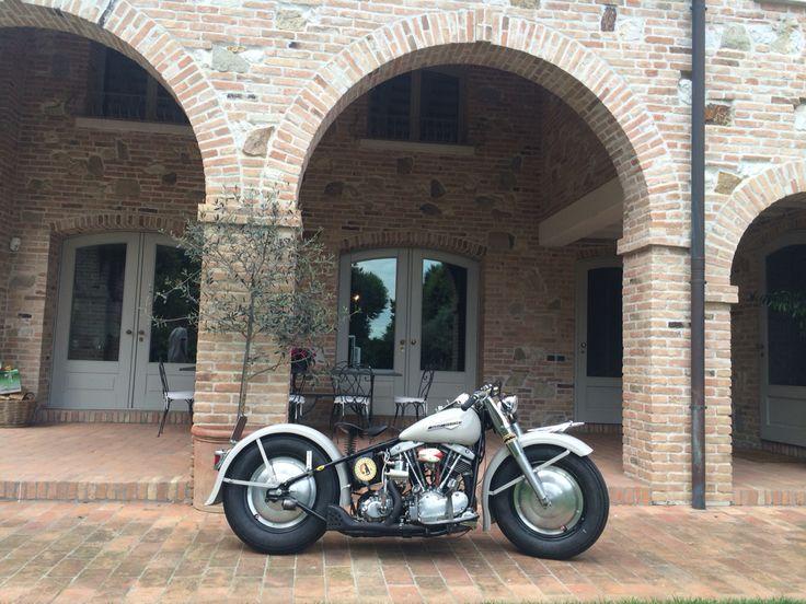 Harley Davidson panshovel bobber by Old Milwaukee garage.