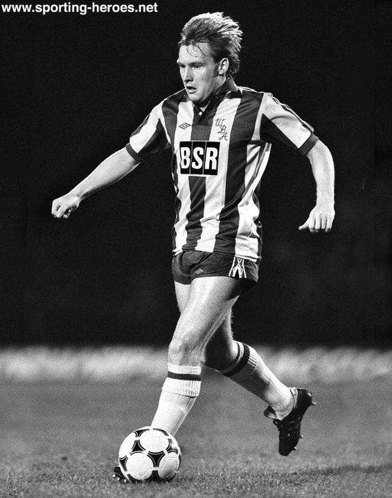 Derek Statham - West Bromwich Albion FC - League appearances for The Baggies.