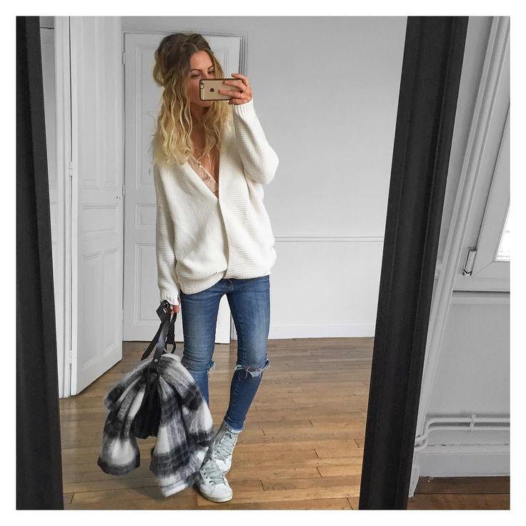 Gilet little #bashparis (old) porté en pull jean #aninebing et manteau sur @cyrielleforkure baskets #goldengoose #goldengoosedeluxebrand sur @netaporter #ootd by meleponym