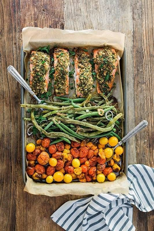 Herb Crusted Salmon, Garlicky Green Beans, and Cherry Tomatoes