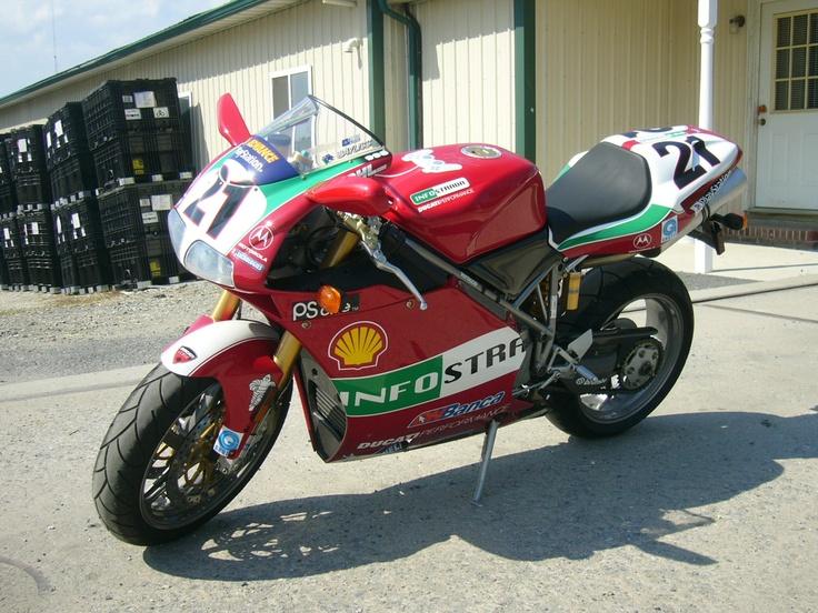 Ducati 998s Troy Bayliss version