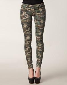 #camouflage broek