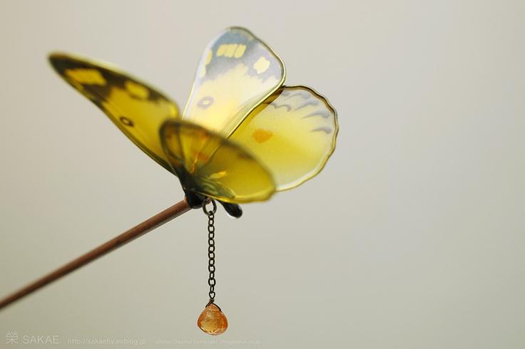 簪作家榮 2012蝶 簪 モンキチョウ Japanese hair accessory -Butterfly Kanzashi- by Sakae, Japan http://sakaefly.exblog.jp/ http://www.flickr.com/photos/sakaefly/