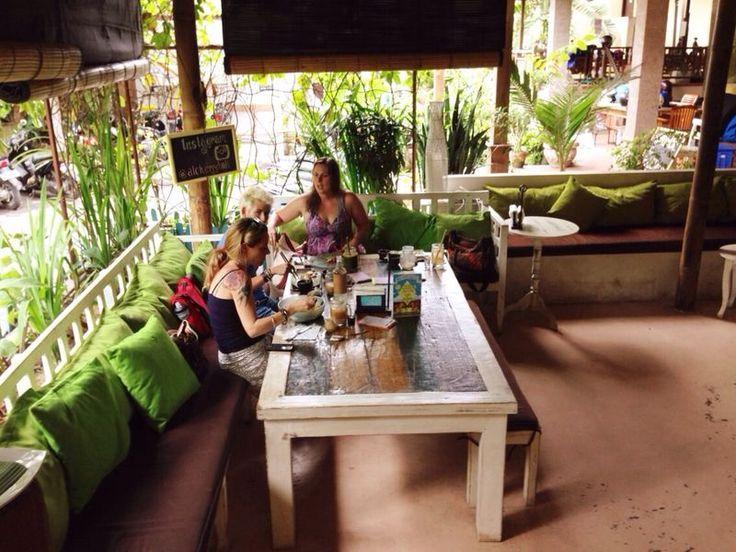 Alchemy - amazing raw cafe in Ubud, Bali