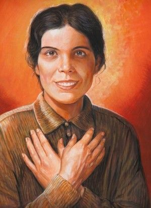 On the 13th October each year, the #SalesianFamily celebrates the Feast of Blessed Alexandrina Da Cost.  When she was 14 years old she jumped from a window into the garden at home to safeguard her virtue when it was under threat from some evil-intentioned young men. Five years later, the damage caused by the fall left her totally paralysed, and she was bed-ridden for more than 30 years. She was looked after by her older sister.  Blessed Alexandrina, Pray for us!