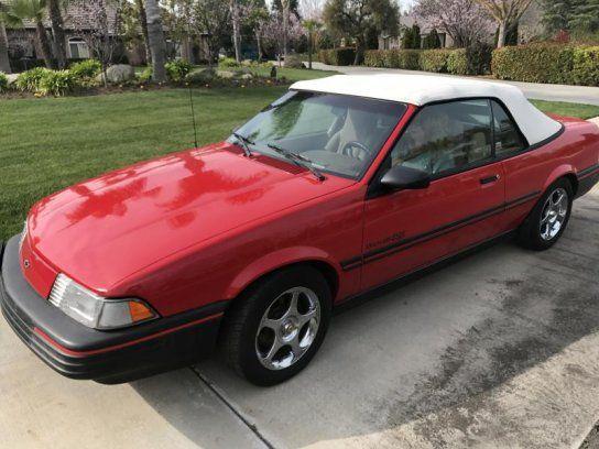 Convertible, 1993 Chevrolet Cavalier RS Convertible with 2 Door in Fresno, CA (93710)