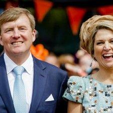 DEN HAAG - Koning Willem-Alexander en koningin Máxima reizen komende week af naar Duitsland. Het koningspaar bezoekt maandag en dinsdag de aan Nederland grenzende Duitse deelstaten Nedersaksen en Noordrijn-Westfalen.