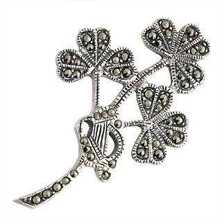 Triple the luck - triple shamrock brooch: Brooches, Triple Shamrock