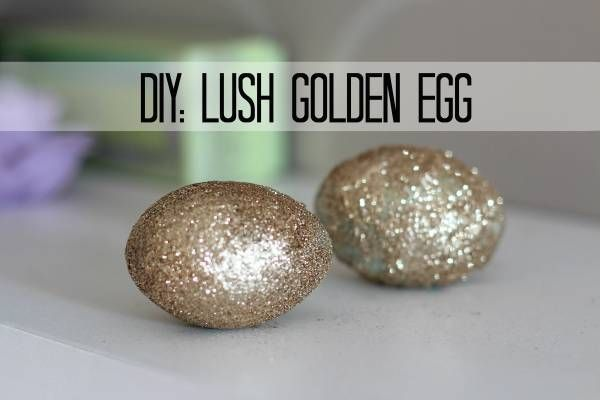 This bath bomb tutorial is for the Golden Glitter Egg you see at Lush.