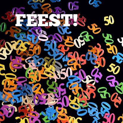 Hoera, 50 jaar (abraham of jubileumfeest)! 50 confetti for birthday or jubilee, with editable text. Available as card on Kaartje2go - Creagaat Feest