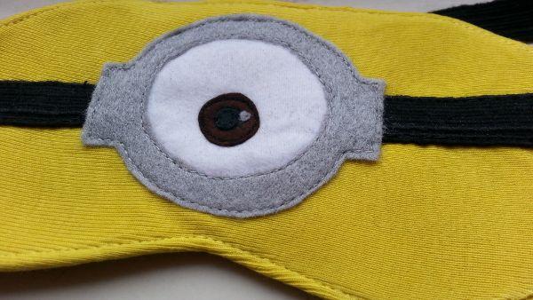 Minion Steuart sleeping mask Maska na oczy do spania Minionki Różnie różniście i z serduchem