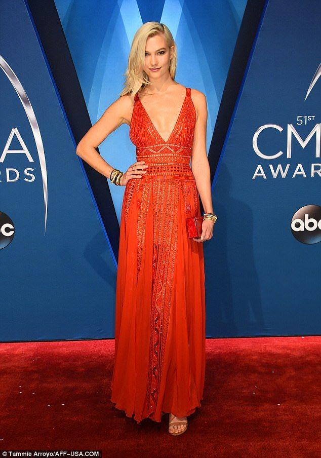 Karlie Kloss In Elie Saab – 2017 CMA Awards