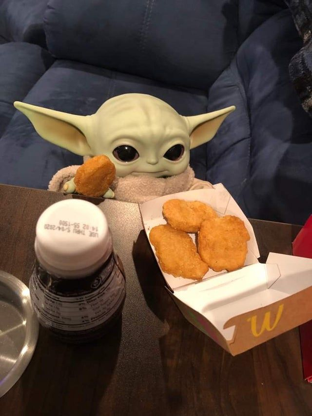 I Don T Know Who Needs To See This But My Buddy John Got A Babby Yoda And Served It Some Chicky Nuggies Babyyoda Star Wars Yoda Star Wars Baby Yoda