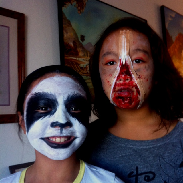 Best 10 simple zombie makeup ideas on pinterest zombie - Zombie scars with glue ...