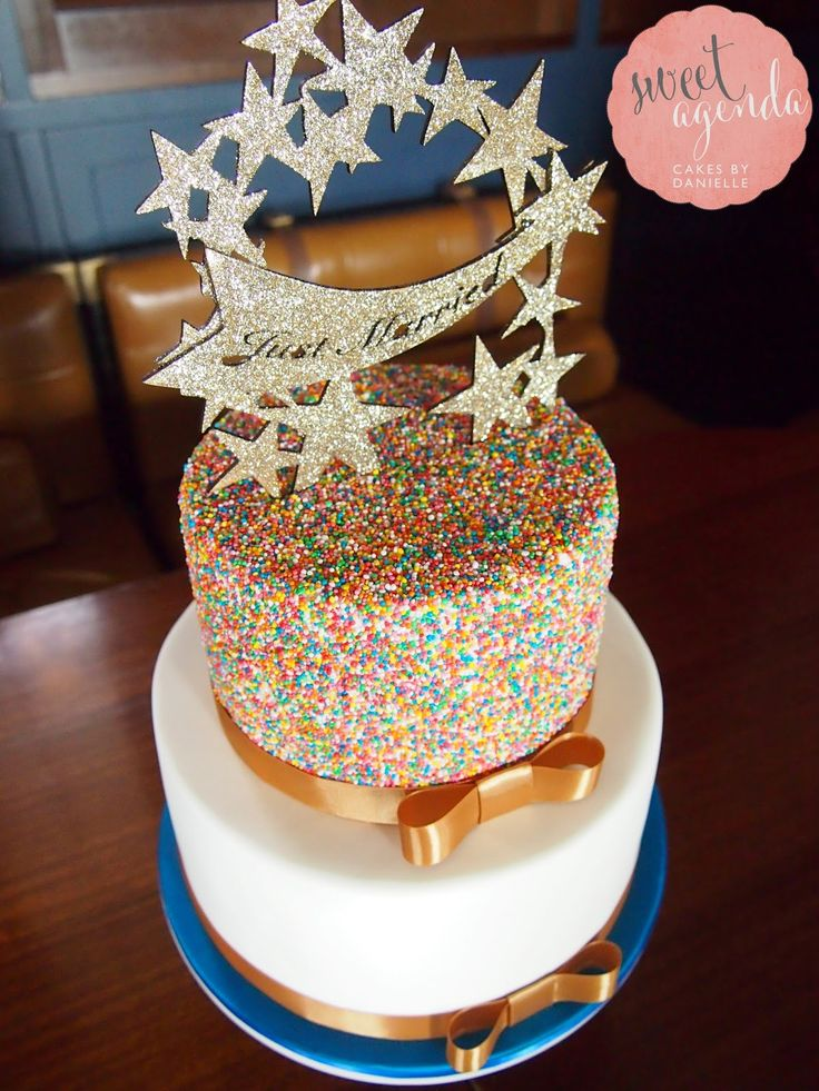 How To Decorate A Cake Covered In Sprinkles